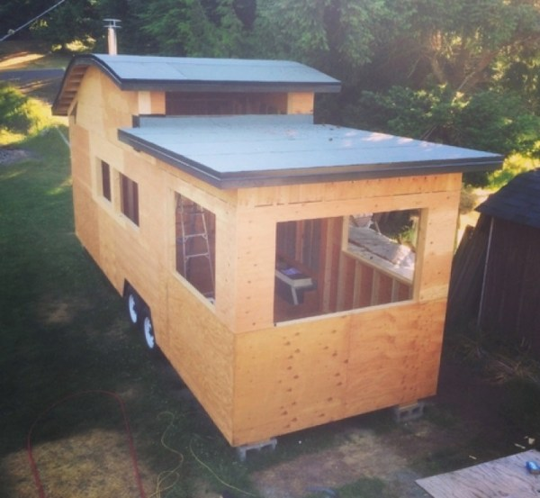 260 Sq Ft Curved Roof Tiny Home by Structural Spaces 0013