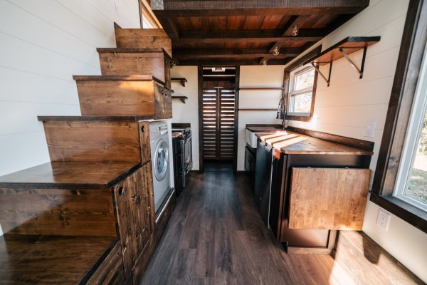 26ft Silhouette Tiny House 0013