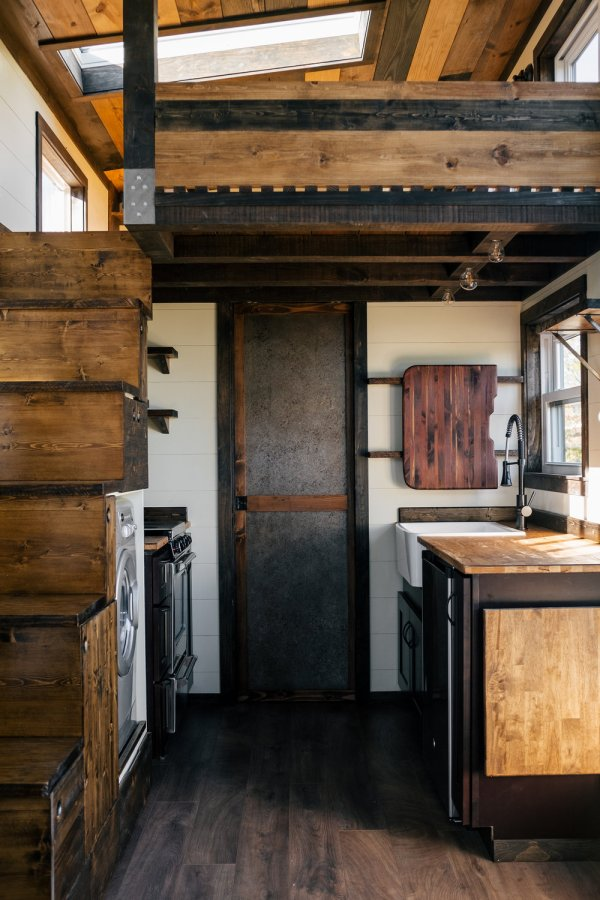 26ft Silhouette Tiny House 0022