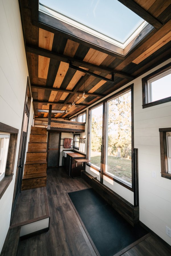 26ft Silhouette Tiny House 004