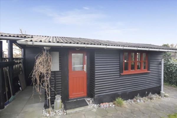 280-Sq-Ft-Beach-Cottage-Denmark-001