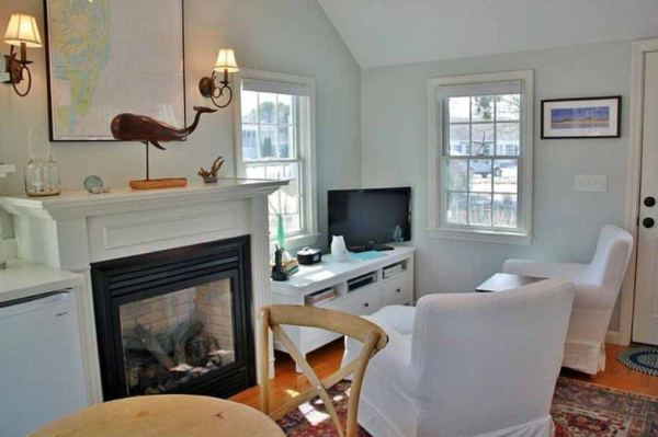 288-sq-ft-tiny-cottage-for-sale-003