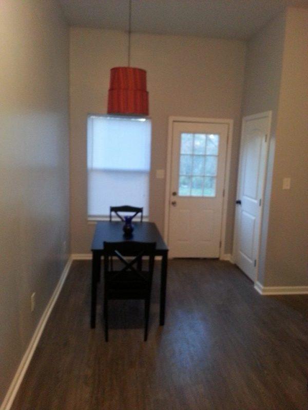 2970 Hoskins 832 sq ft cottage for sale 004