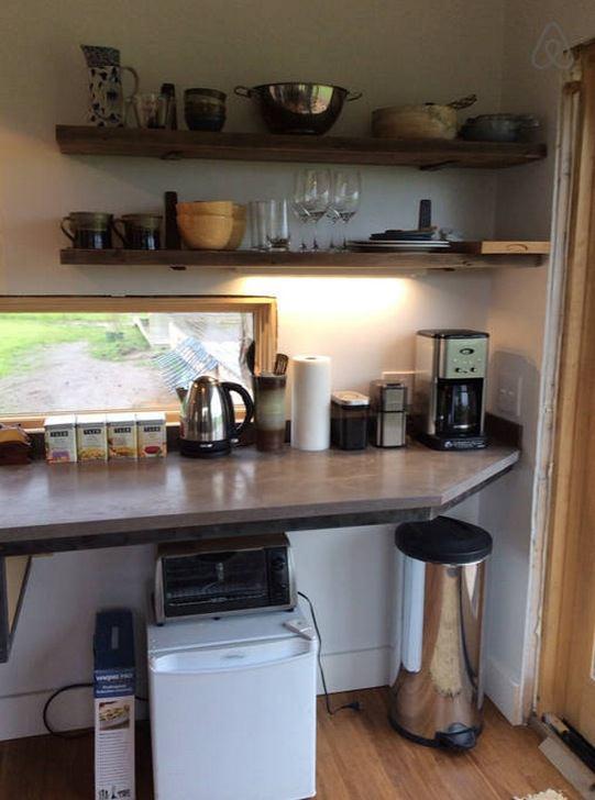 300-sq-ft-tiny-cabin-vacation-on-organic-farm-near-portland-0009