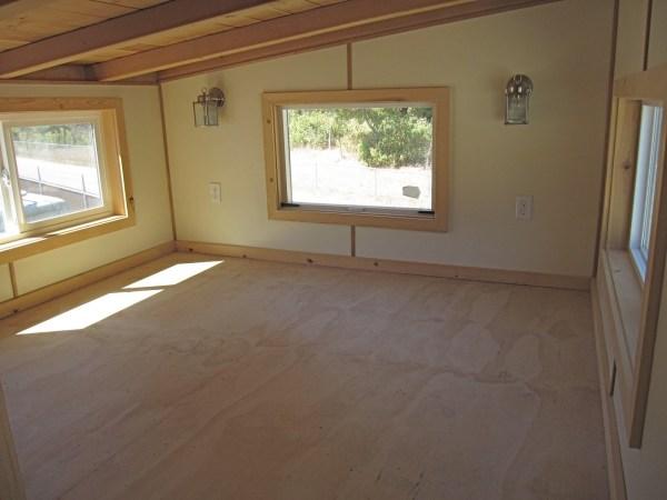 30ft Streamline Gooseneck Tiny House 0010