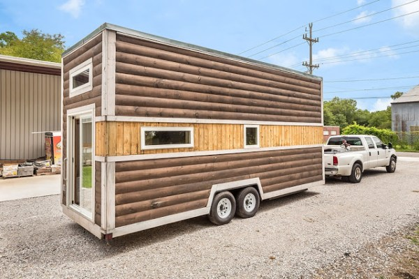 312 Sq. Ft. Log Cabin Tiny House on Wheels 012