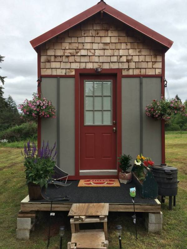32k Tiny House For Sale in Canby 001