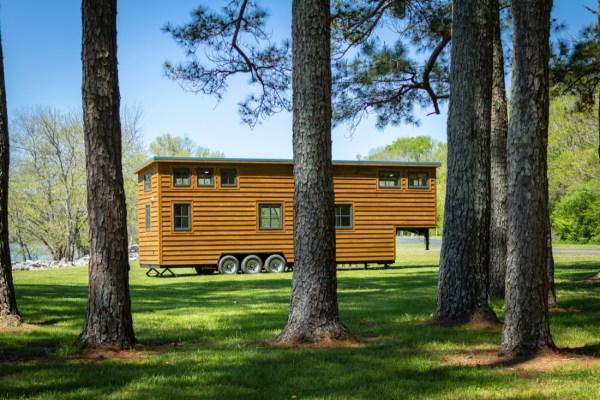 35ft CedarHouse by Timbercraft Tiny Homes EXTERIOR 0019
