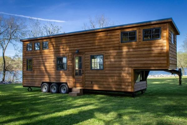 35ft CedarHouse by Timbercraft Tiny Homes EXTERIOR 0024
