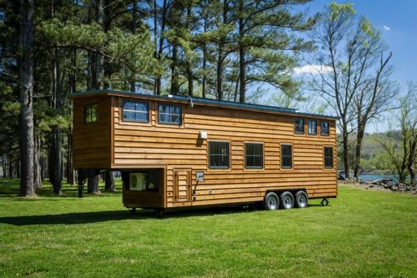 35ft CedarHouse by Timbercraft Tiny Homes EXTERIOR 008