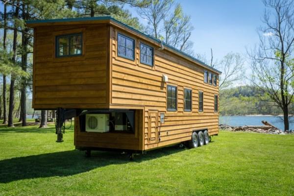 35ft CedarHouse by Timbercraft Tiny Homes EXTERIOR 009
