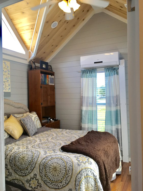 385 Sq Ft Park Model Tiny House For Sale in Alabama 004