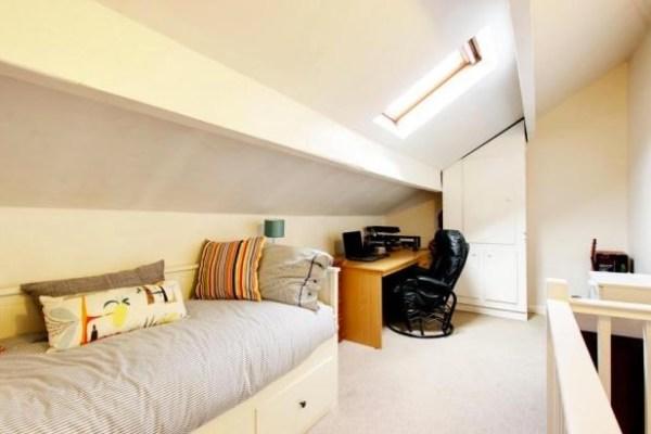 500 Sq Ft Cottage For Sale in Yorkshire Village 006