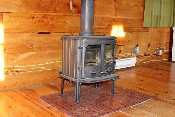 500sf Tiny Log Cabin in Viola WI For Sale 005a