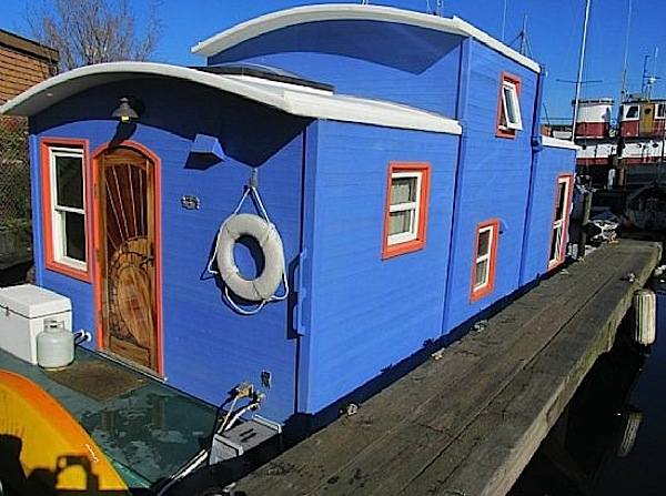 550-sq-ft-housebarge-houseboat-in-seattle-for-sale-001