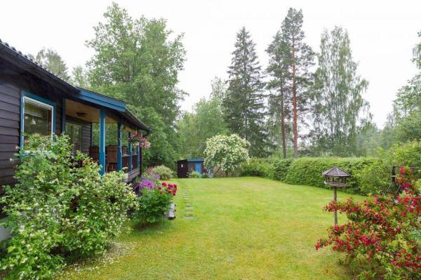 570-sq-ft-tiny-cottage-in-rural-sweden-0010