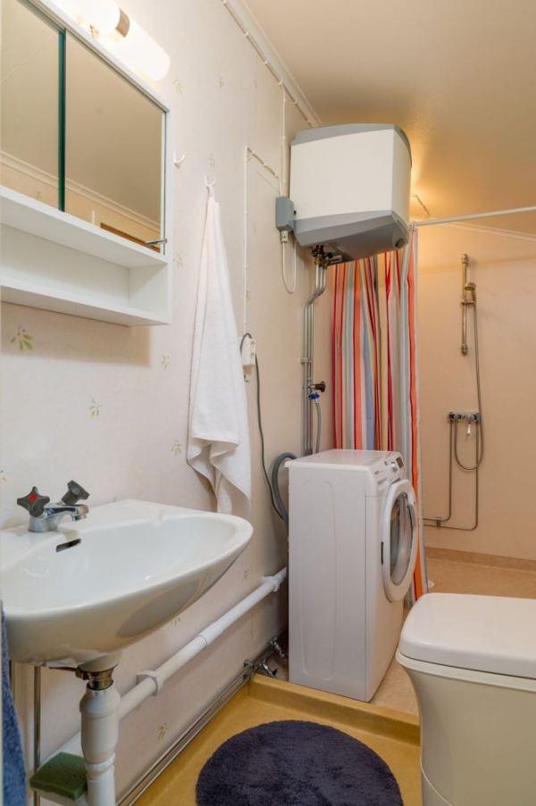 570-sq-ft-tiny-cottage-in-rural-sweden-007