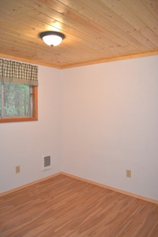 580 Sq. Ft. Tiny Cabin For Sale in Hoodsport, WA 0011