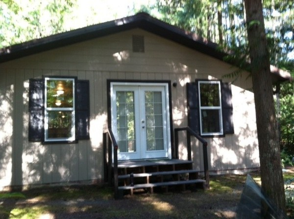 580 Sq. Ft. Tiny Cabin For Sale in Hoodsport, WA 0013