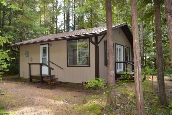 580 Sq. Ft. Tiny Cabin For Sale in Hoodsport, WA 0015
