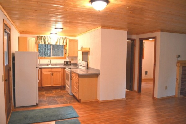 580 Sq. Ft. Tiny Cabin For Sale in Hoodsport, WA 004