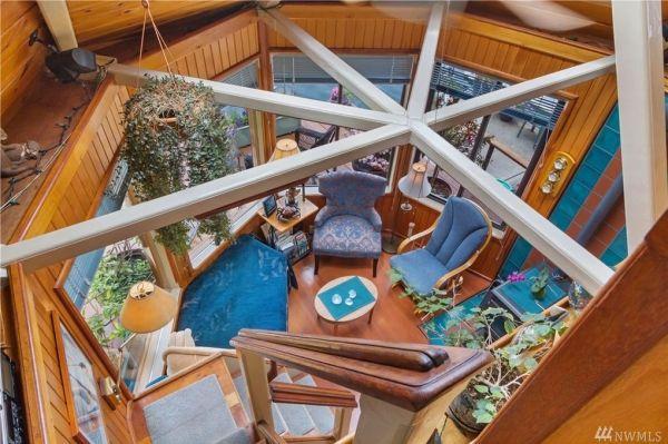 600sf Floating Cottage in San Juan Island 0013