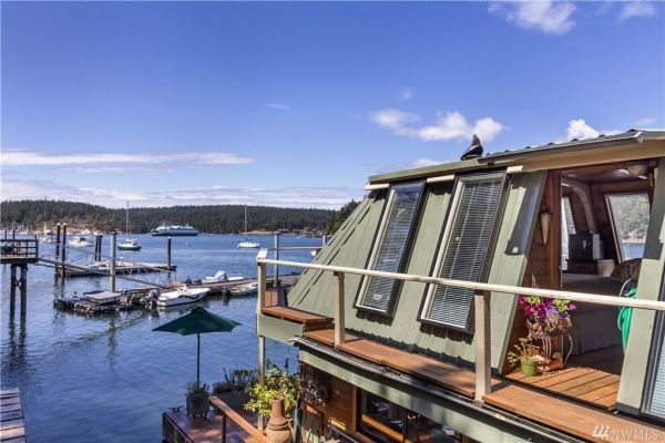 600sf Floating Cottage in San Juan Island 0024