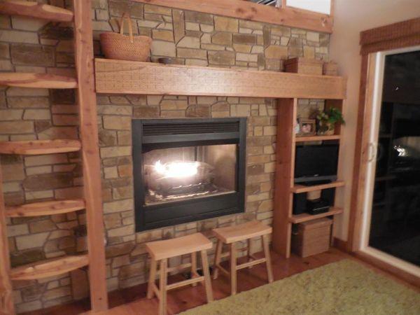 630-sq-ft-parrotsville-cottage-009