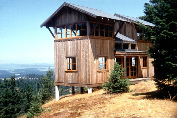 672-Sq-Ft-Two-Story-Tower-Cabin-001