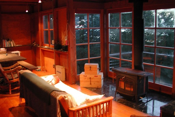 672-Sq-Ft-Two-Story-Tower-Cabin-004