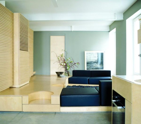 688 sq ft transforming apartment in paris that sleeps 4. Black Bedroom Furniture Sets. Home Design Ideas