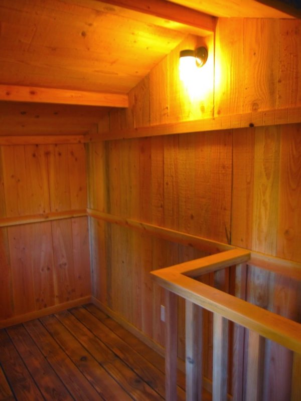 6x10-treehouse-inspired-tiny-house-built-with-scraps-by-molecule-tiny-homes-0012