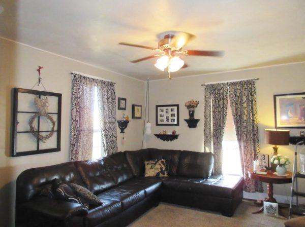 714-sq-ft-cottage-for-sale-02