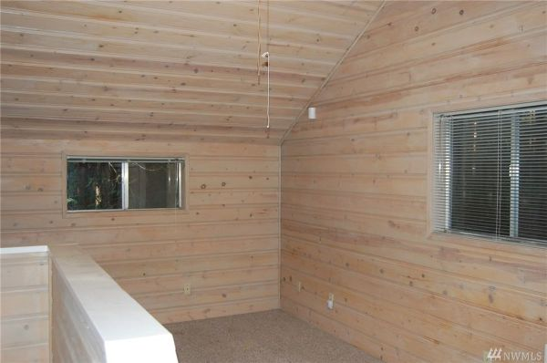 720 Sq Ft Cabin in Hoodsport For Sale 0013