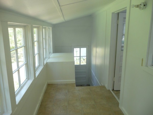 748 Sq. Ft. Cottage For Sale with Great Potential in Olympia 0021