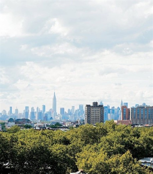 753-Sq-Ft-Creative-Brooklyn-Loft-View-002