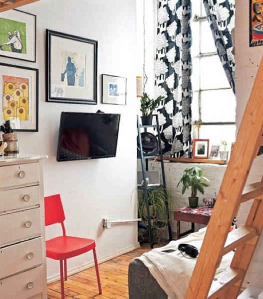 753-Sq-Ft-Creative-Brooklyn-Loft-View-007