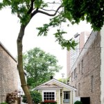 780-Sq-Ft-Historic-Old-Town-Chicago-Cottage-001