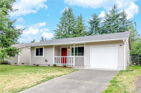 784 sq ft small home with garage in olympia for Tiny house zillow