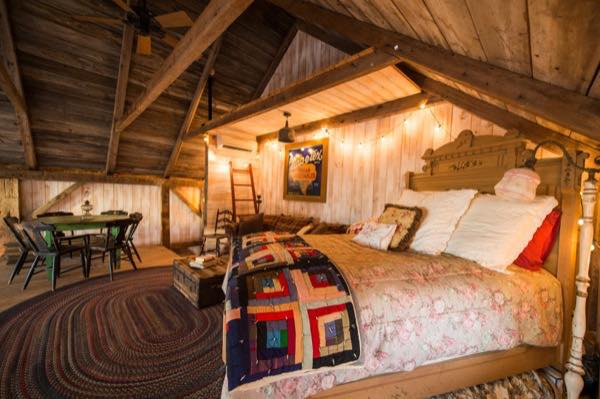 840-sq-ft-barn-to-cabin-restoration-by-heritage-barns-0011