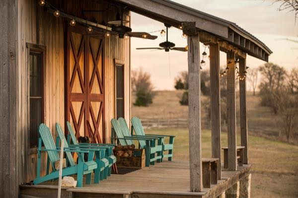 840-sq-ft-barn-to-cabin-restoration-by-heritage-barns-003