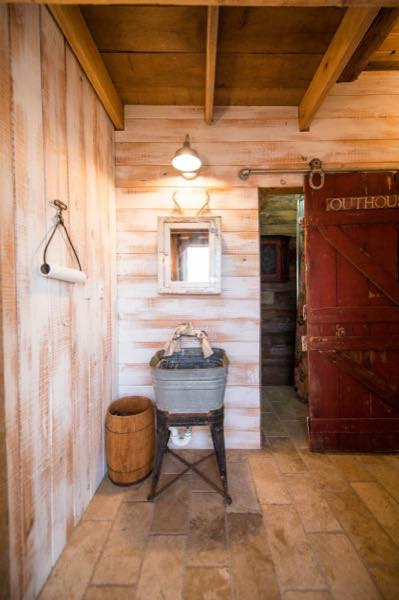 840-sq-ft-barn-to-cabin-restoration-by-heritage-barns-008