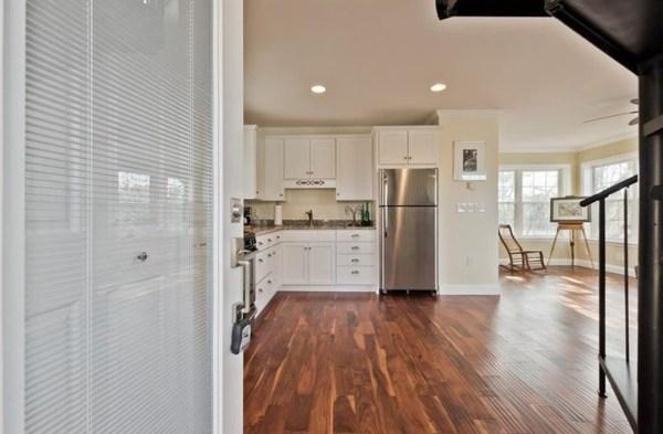 845-sq-ft-waterfront-cabin-in-brunswick-004