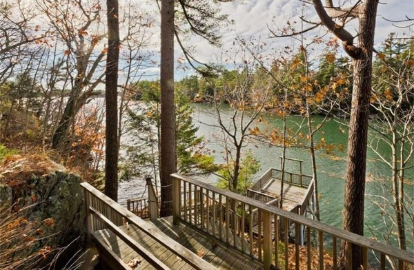 845-sq-ft-waterfront-cabin-in-brunswick-018