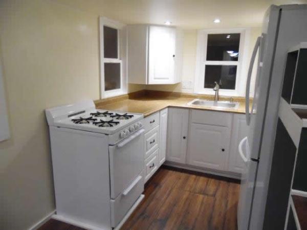 8x20-birchwood-tiny-house-wheels-007