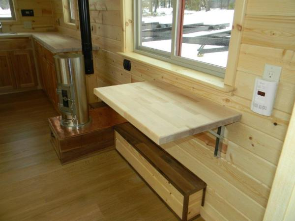 8x22 Tiny Cabin on Wheels 007
