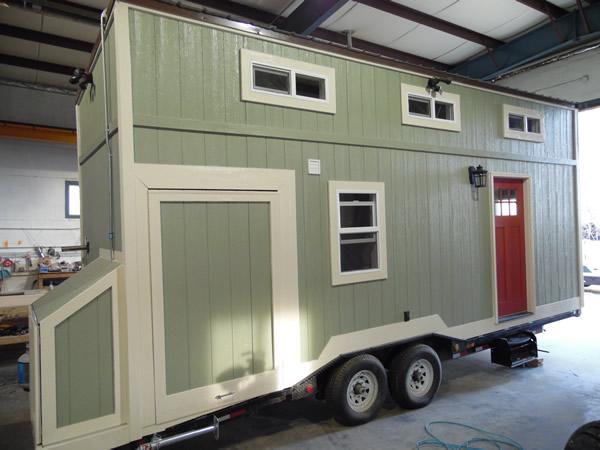 8x24-toy-hauler-tiny-house-017