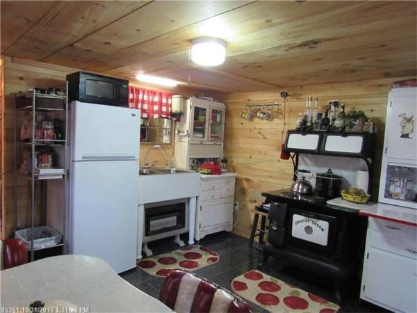 90k-tiny-cabin-on-23-acres-for-sale-004