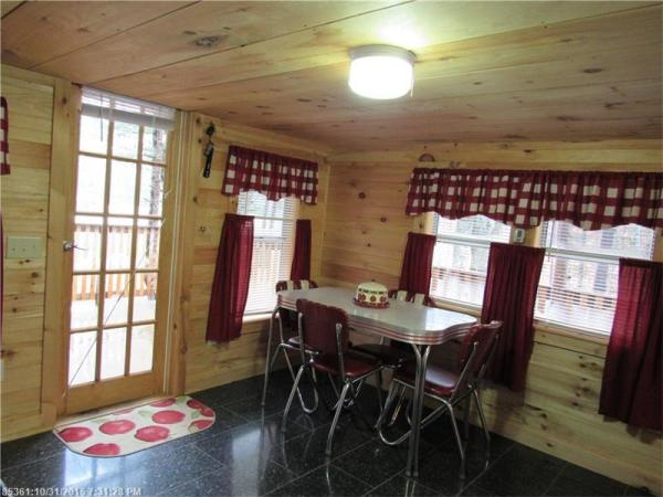 90k-tiny-cabin-on-23-acres-for-sale-005