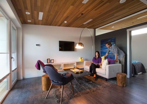 915-sq-ft-small-house-for-roommates-solar-decathlon-2013-borealis-0015
